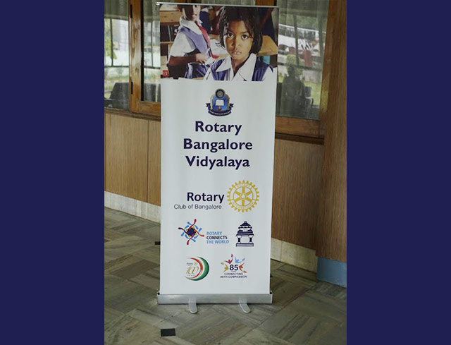Toccata plays for Rotary