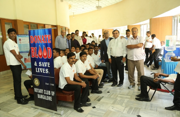 Blood Donation by Swathi Caterers (3 Photos)